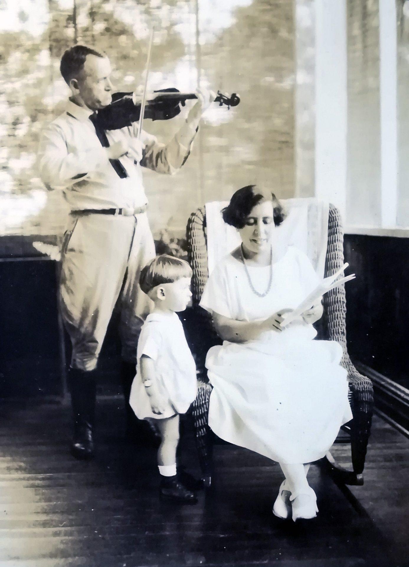 Concha Caballero e familia
