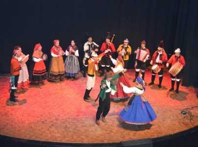 Homenaxe á Pontevedra boa e xenerosa