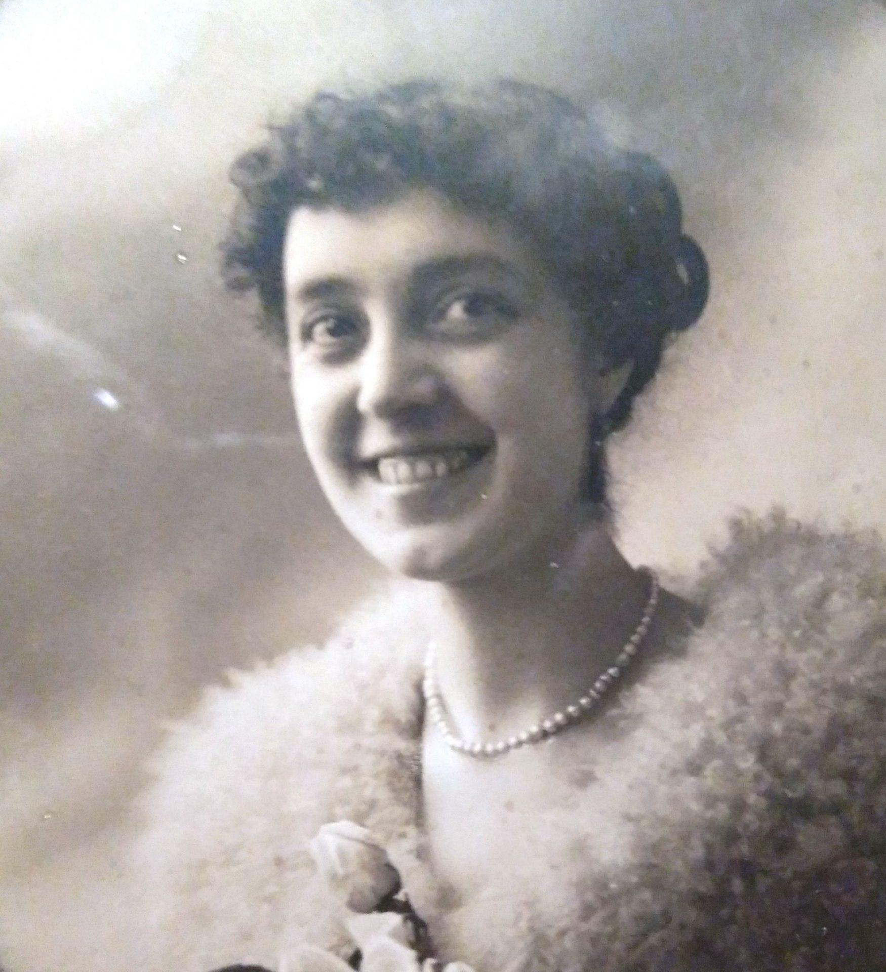 María Chaves