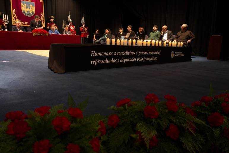 Homenaxe a concelleiros e persoal do concello que foron vítimas da represión franquista