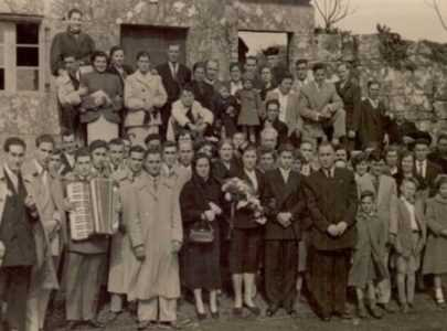 Do gris ao violeta 20 As mulleres na loita obreira e agraria de Salcedo