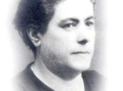 Pontevedra rescata para a historia a figura da mestra Ernestina Otero