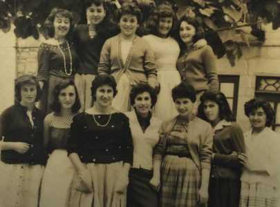 Alumnas do taller de costura Hermanas Teso Covas