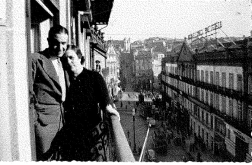 Amélia Brandão co fillo no Porto