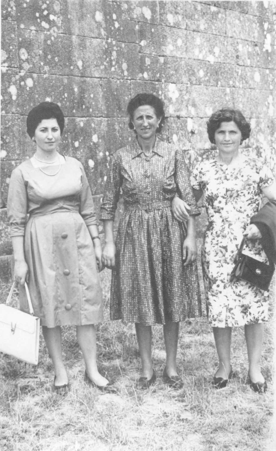 Argentina Villaverde coa filla e con Celia Reboredo, a Ghimarana