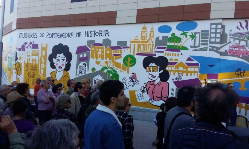 Inauguración do mural Mulleres de Pontevedra na Historia