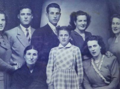 Arminda de nova coa sua familia